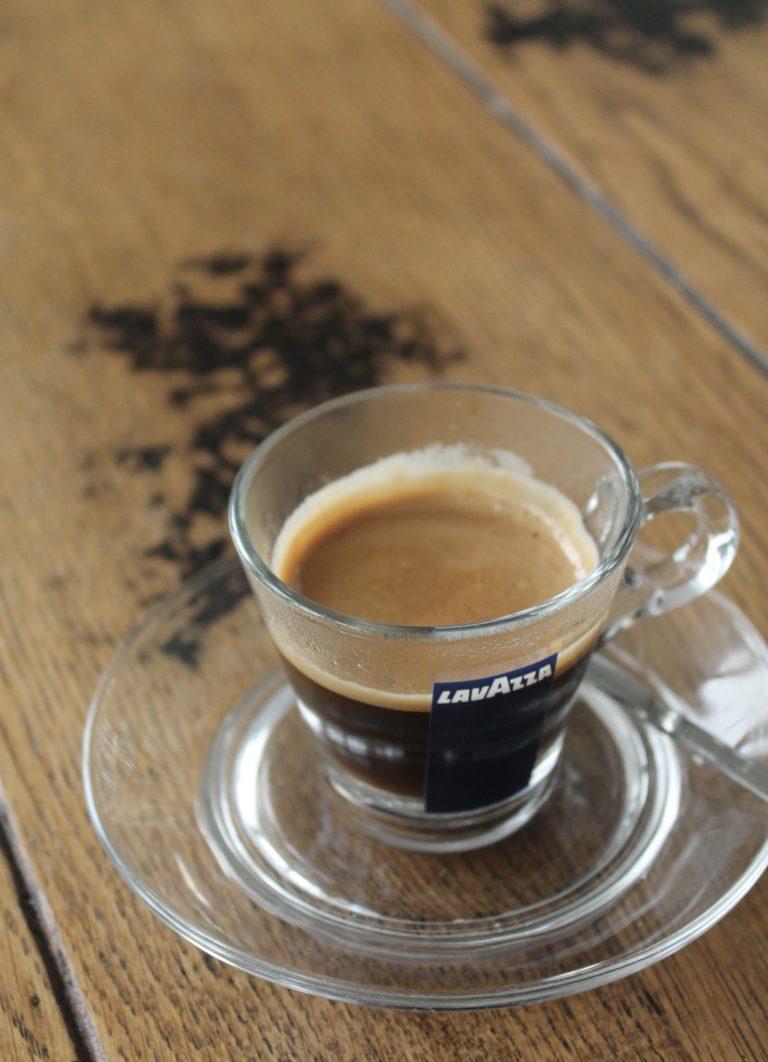 café_mesa_simoneta