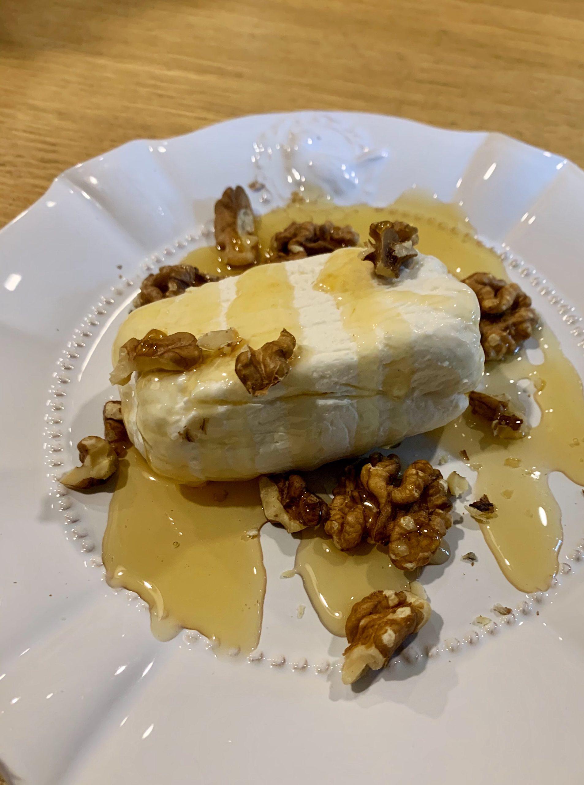 Requeixo das Neves con miel y nueces